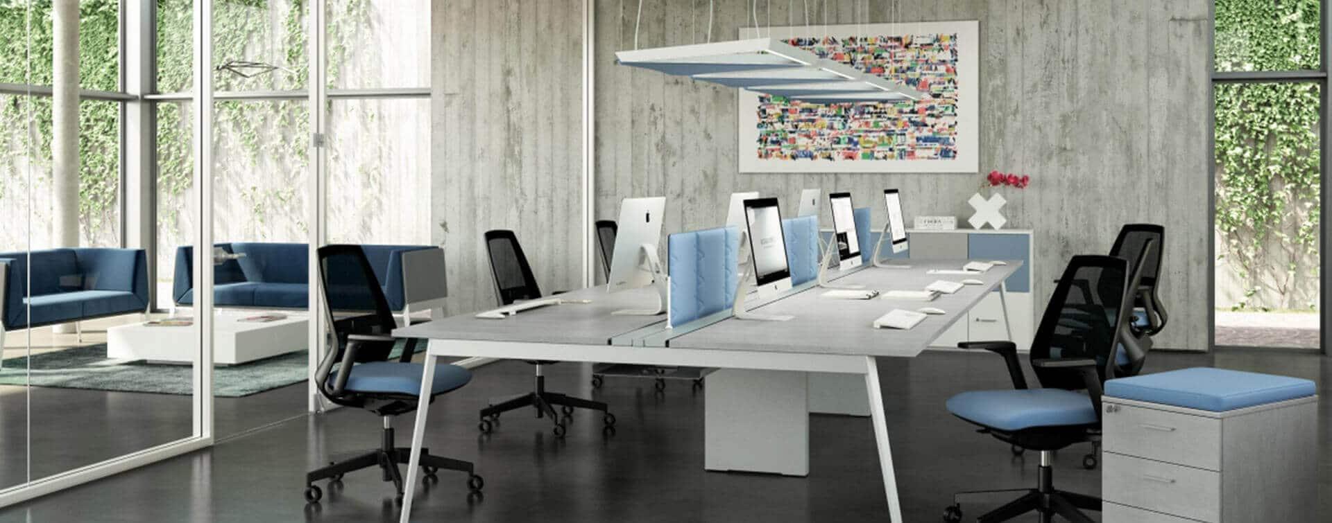 Ambiente de oficina productivo y funcional