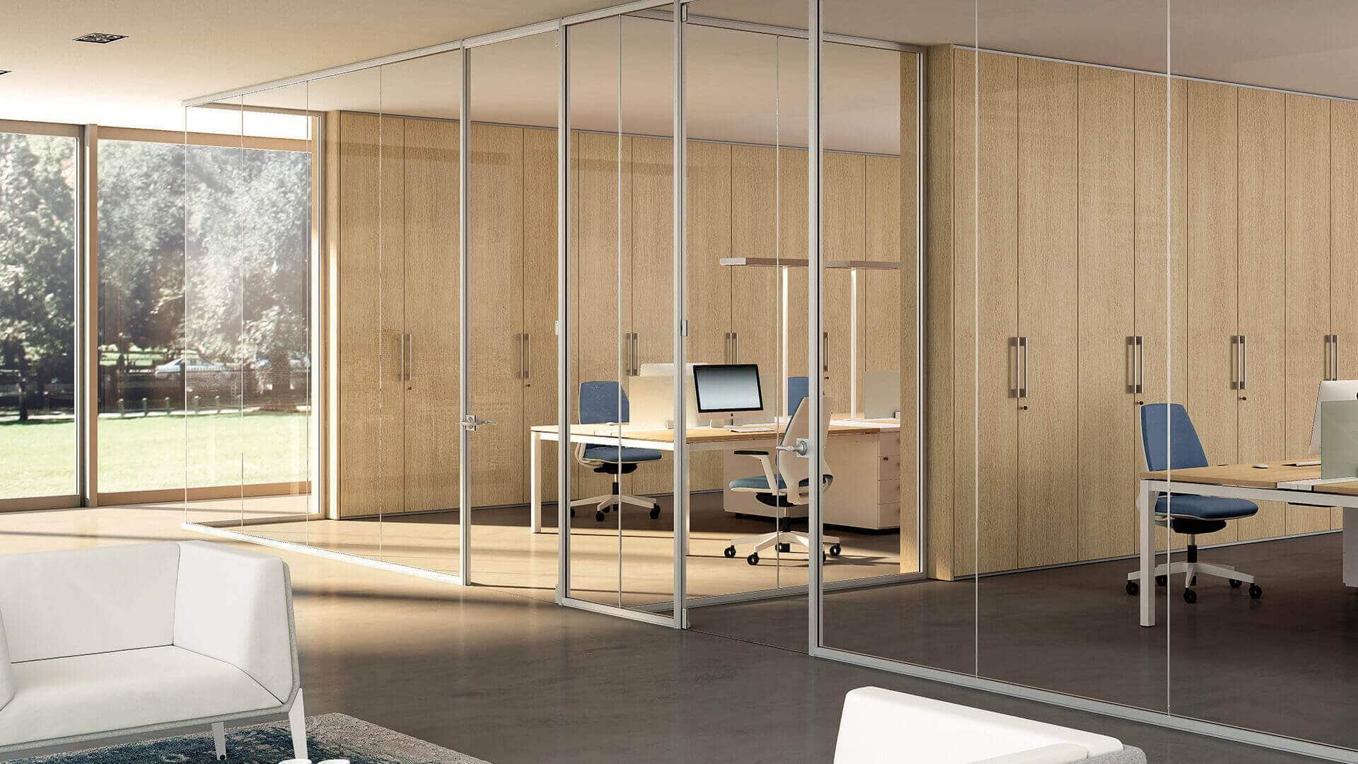 Mamparas de oficina para ambiente profesional