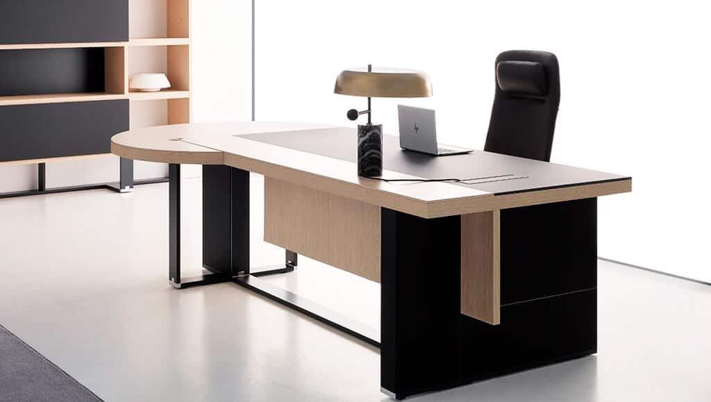 Mesa de dirección para despacho