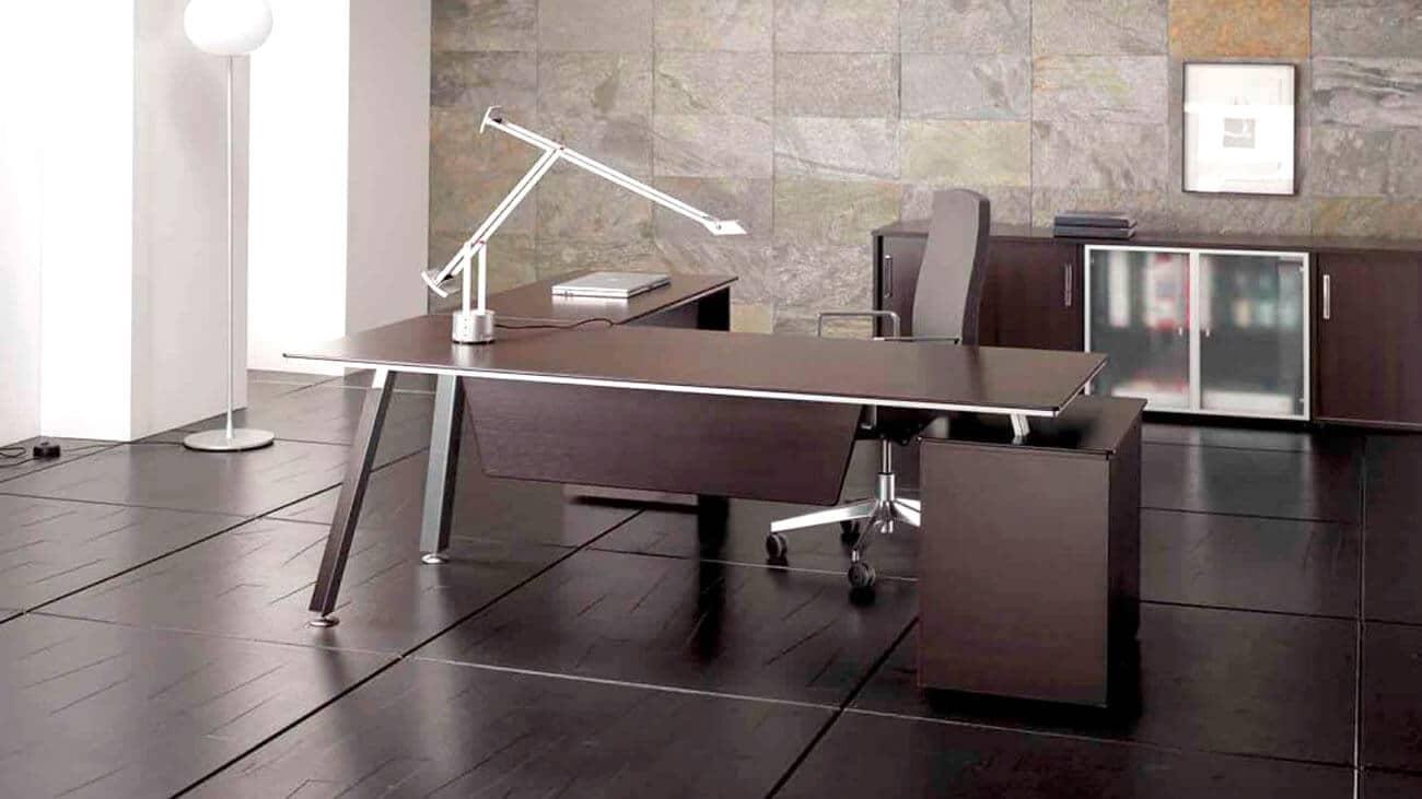 Mesa de Dirección elegante en madera