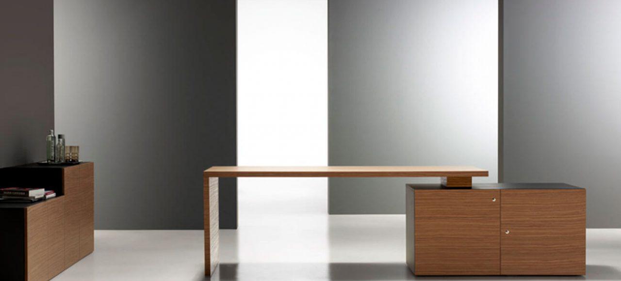 Mesa de despacho de líneas modernas