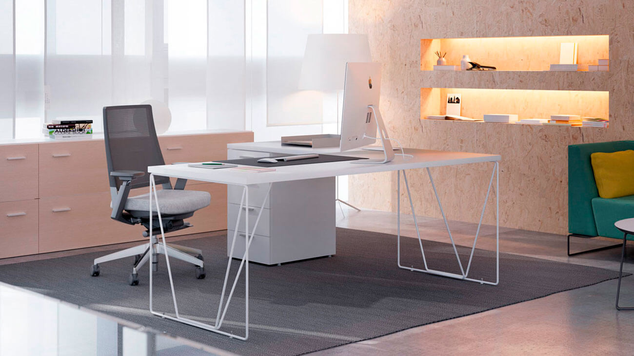 Mesa moderna con carácter para la oficina